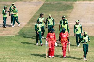 Pakistan yang dominan mulai dari posisi terdepan melawan Zimbabwe