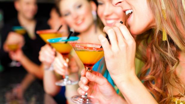 Nine Things Youre Doing Wrong In A Cocktail Bar Nz
