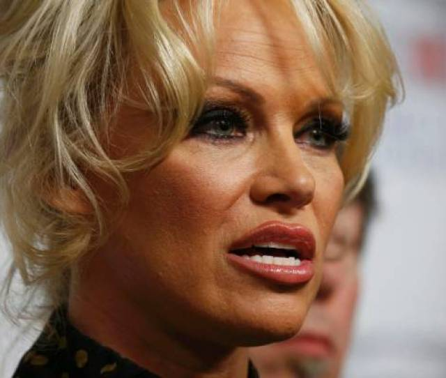 Pamela Anderson Has Teamed Up With Rabbi Counsellor Shmuley Boteach To Pen A Column About Porn