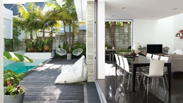 My favourite space: Seamless indoor-outdoor living   Stuff ... on Seamless Indoor Outdoor Living id=28506