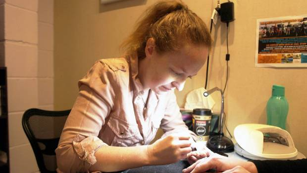 Tokoroa Nail Technician Amanda Viviers Working On A Client S Nails After Being Named Runner Up New