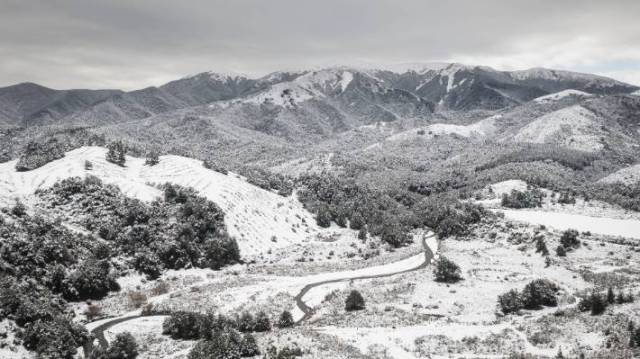 Snowfall over Mt Oxford on Monday afternoon.