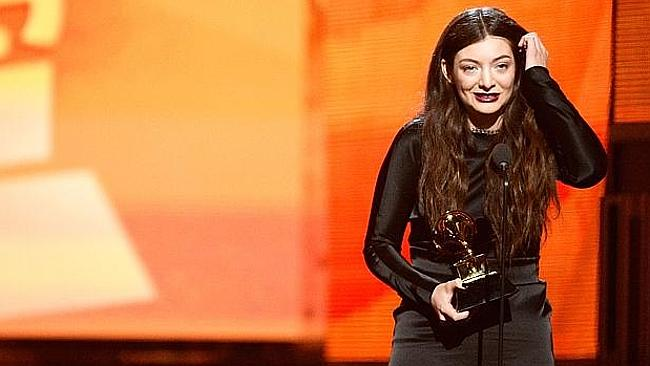 'No way Lorde is 16 or 17 or whatever though': a tweet from a Lorde truther...