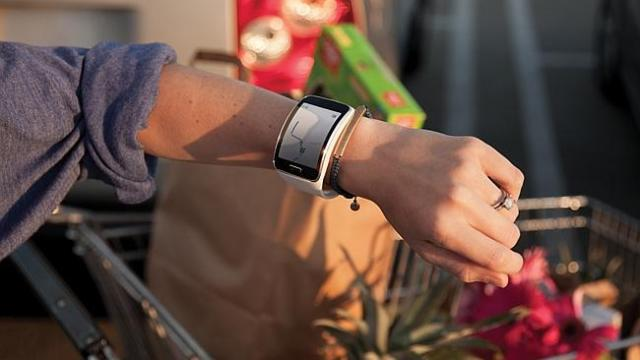 Analog or digital ... Users can change the face of the Samsung Gear S smartwatch.
