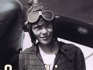 Flying gear and Amelia Earhart