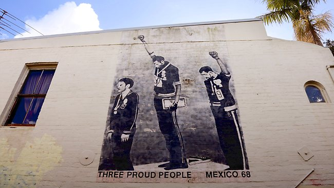 Resultado de imagen de three proud people newtown