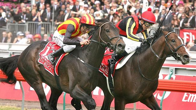 Japanese stayers Delta Blues, right, and Pop Rock ran the quinella in the 2006 Melbourne