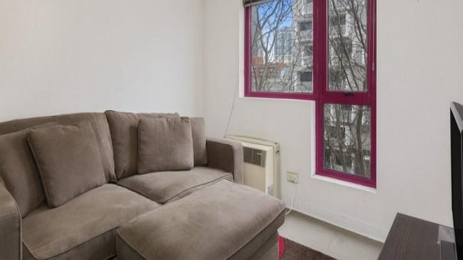 Victorian investors were keener to keep their money closer to home. This one bedroom apar