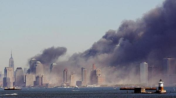 The terrorist attacks on the twin towers of the World ...