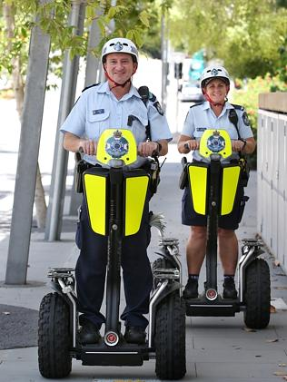 Sergeant Johan Louw and Constable Catherine Heywood from the Southbank Police Station. Pi