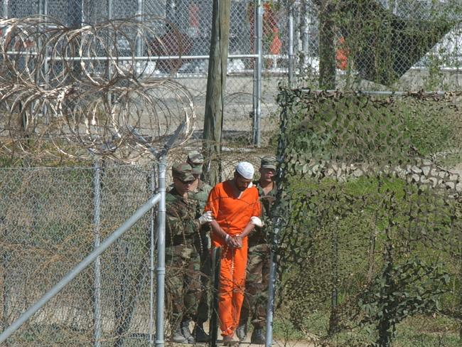 CIA 'killed prisoners at Guantanamo'