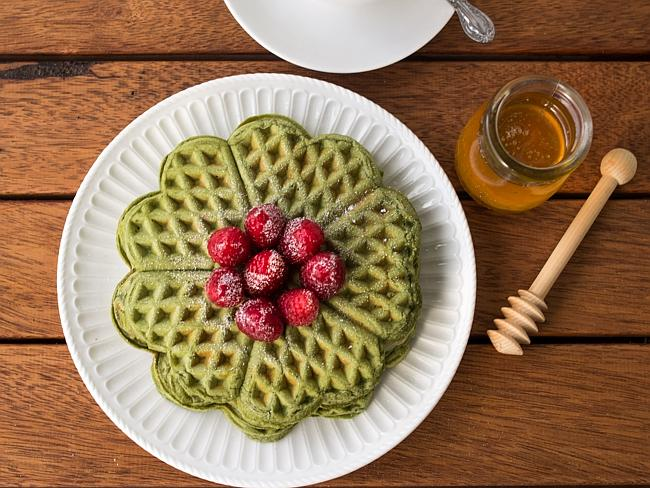 Instagram food feature Matcha waffles from @daisy_nevertoosweet