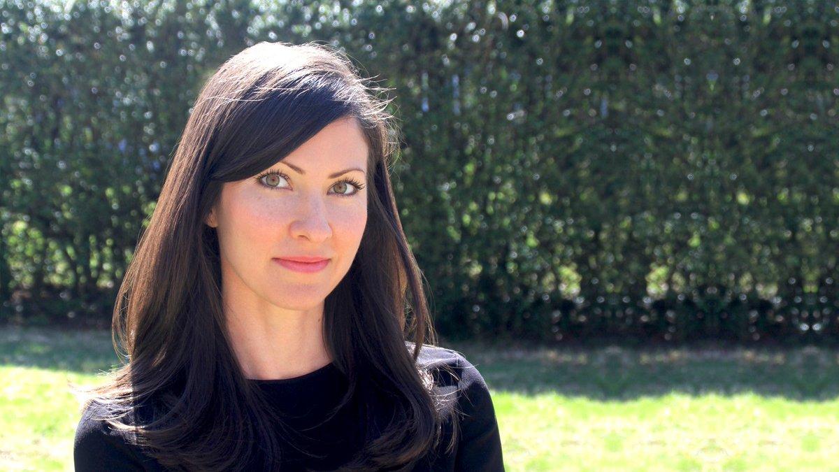 Dr. Kelly Brogan