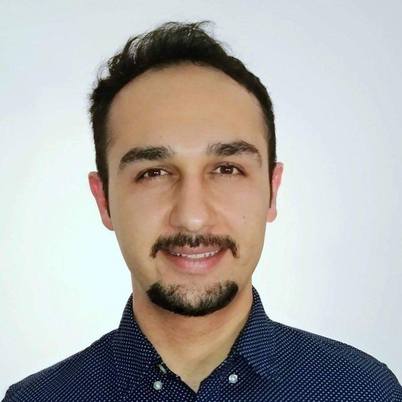Photo of Farzad Refahi of www.Respiratory.Blog