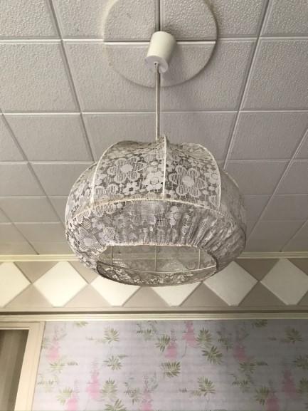 Projet de rénovation maison: dalles en polystyrène collées au plafond, il faudra les retirer
