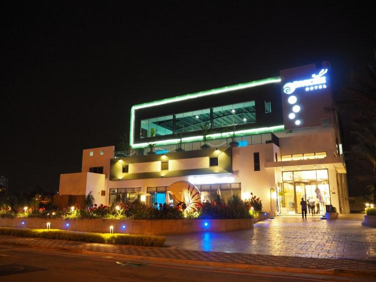 台中》潛水聖地 潛立方旅館(潛水旅館)Divecube Hotel 亞洲最深的游泳池 住宿/潛水/餐廳