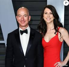 Jeff Bezos (Amazon) : L'homme le plus riche du monde divorce - Purepeople