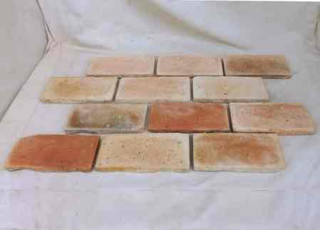 Bodenplatten Bodenziegel Bodenfliesen Backstein alte Mauersteine geschnitten Landhaus shabby chic