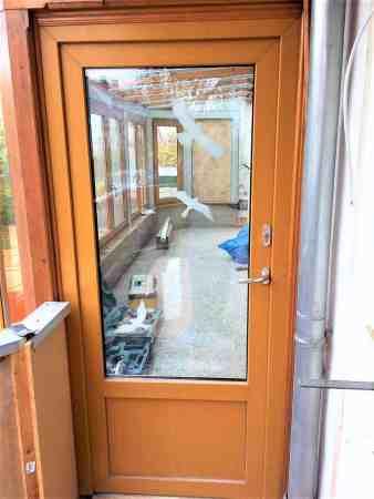Hochwertige Fenster plus Balkontür!