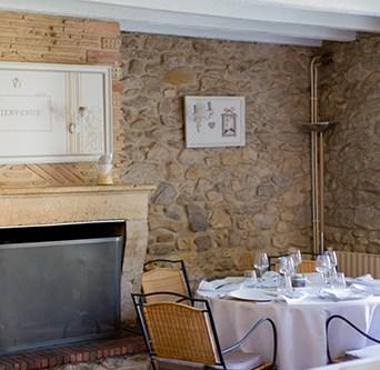 restaurant-aboslu-auros-52-sur-58