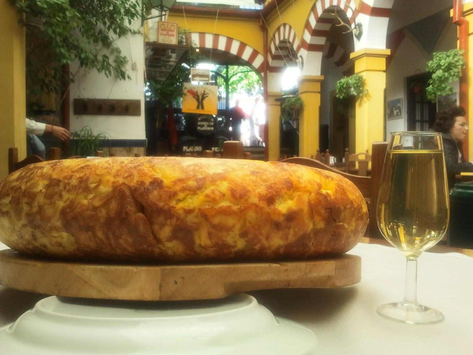 Tortilla española del Restaurante en Córdoba Sociedad Plateros María Auxiliadora