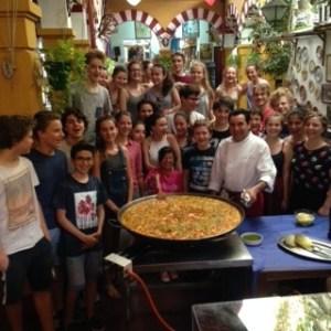 Curso cocina estuadiantes franceses Restaurante Sociedad Plateros Maria Auxiliadora