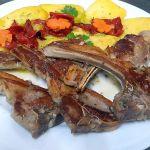 Chuletillas de Cordero de Restaurantes en Cordoba Sociedad Plateros Maria Auxiliadora turismo por Medina Azahara