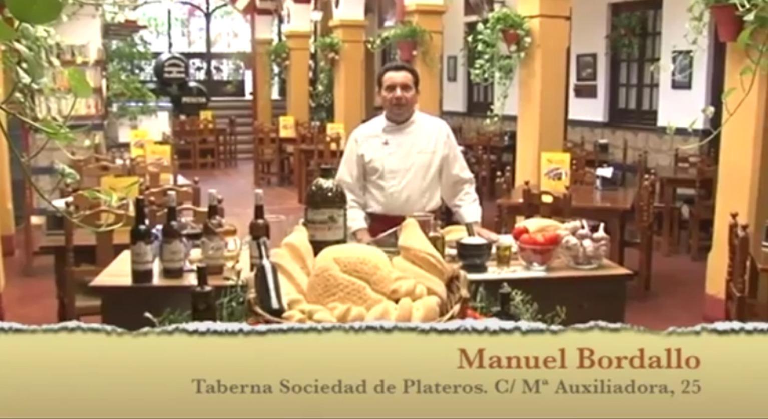 Salmorejo cordobes perfecto en el Restaurante Sociedad Plateros Maria Auxiliadora