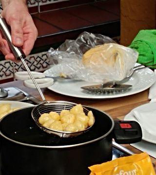 04-Bunuelos al viento sin gluten del Restaurante Sociedad Plateros Maria Auxiliadora