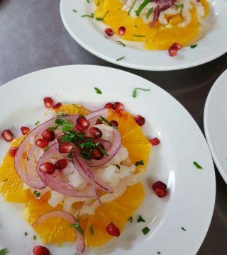 Bacalao a la naranja en el Restaurante Sociedad Plateros María Auxilidora de Cordoba 04