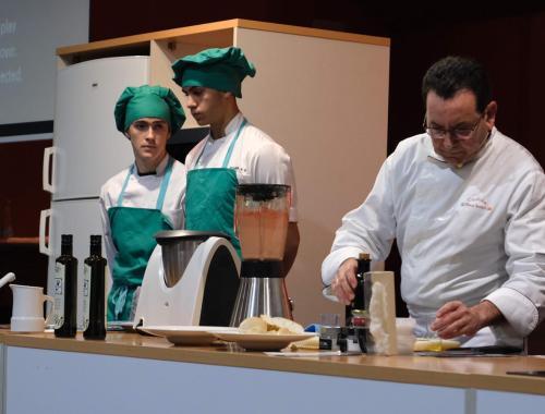 Restaurante en Cordoba Sociedad Plateros Maria Auxiliadora en Sevilla 09