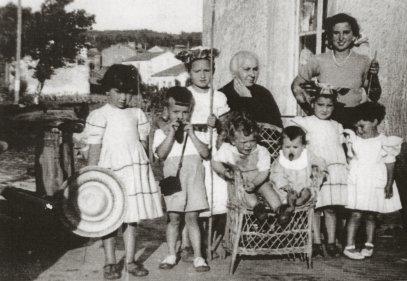 Abuela Pepita e os seus netos