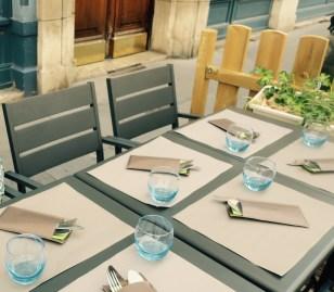 LYON, Terrasse - Restaurant B. Bleu Côté ville