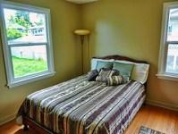 best-home-pest-control-bedroom