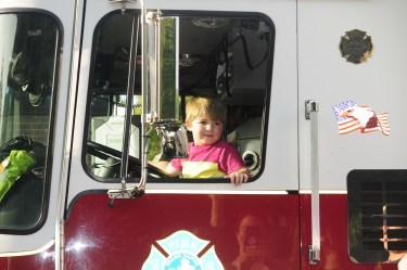 2018 RHH Independence Parade fire truck fun