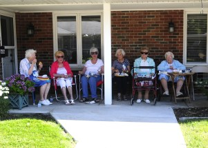 2018 RHH Independence Parade residents and guests-3