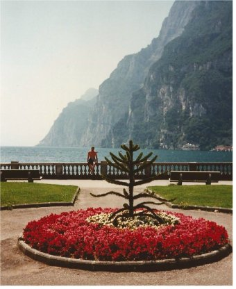 Romantic red at Riva del Garda.