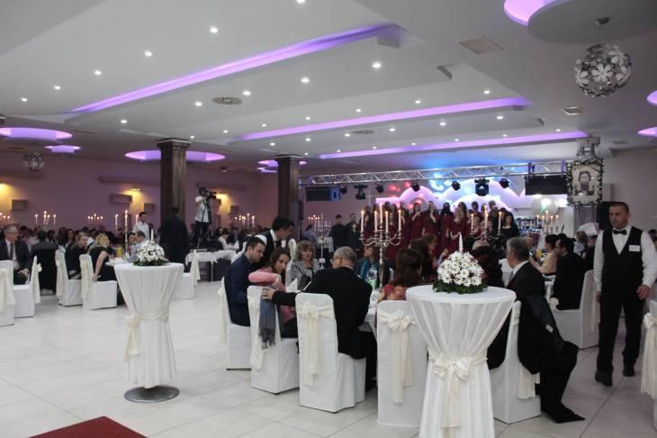 svadbeni-salon-dvor-81