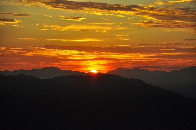sunrise-1142452_640