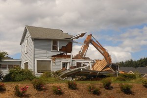 Demolition of the c.1912 Wiese House in Corvallis (Photo courtesy Betty Griffiths)