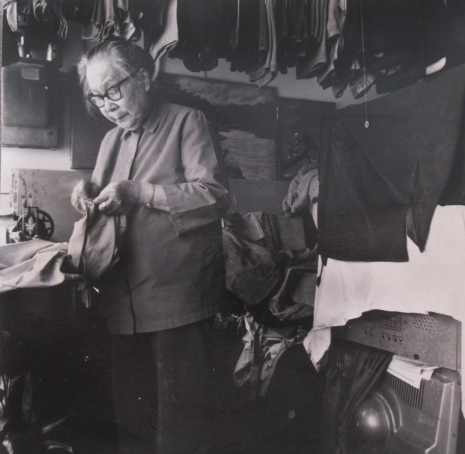 Working in the Laundry (photo courtesy Portland Chinatown History and Museum Foundation)