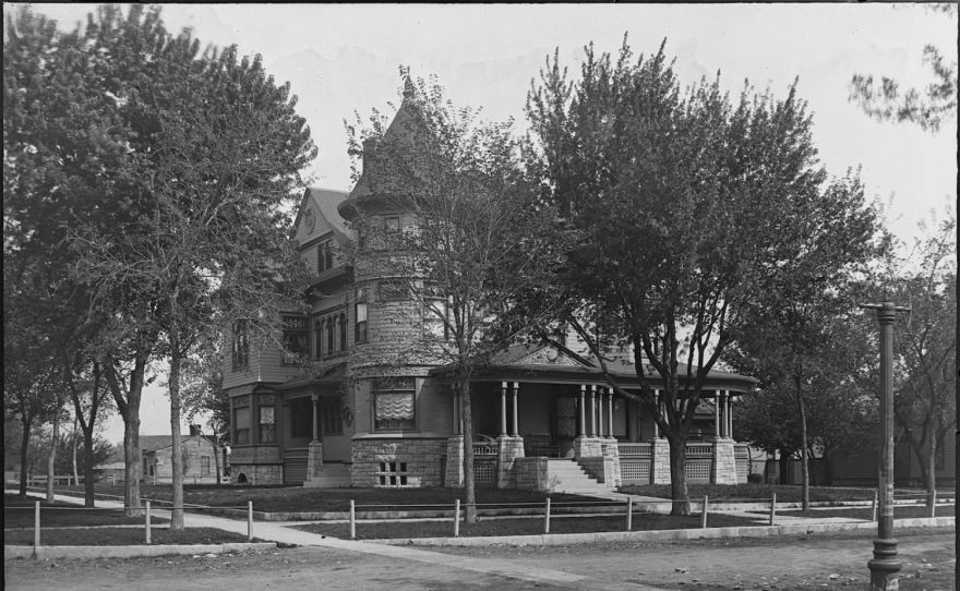 The Cross House, Emporia, designed by architect Charles M. Squires.
