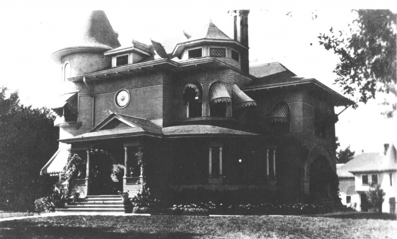 G. W. Newman House (demolished), 12th and State, Emporia. KS. I believe this is a Charles W. Squires design. Like the Cross House, it has round- and octagon-shaped towers, paired porch columns, similar scale and massing, and a combination of lap siding and shingles. Stunning home, and a tragic loss for Emporia.
