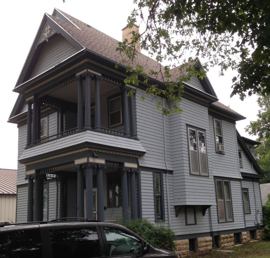 Again, 831 Constitution. Note the grouped columns, and the lap siding on the first floor, and shingles above — all typical Squires touches.