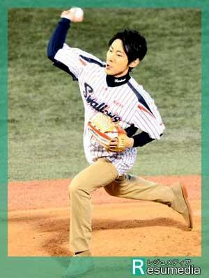 小泉孝太郎 始球式