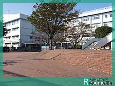 ローラ 都立府中東高等学校