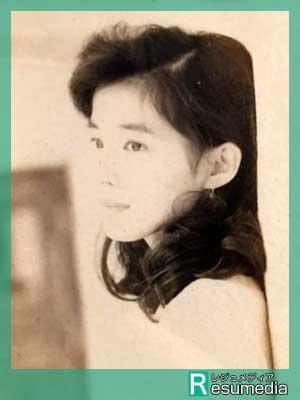 石田ゆり子 大学時代 20歳