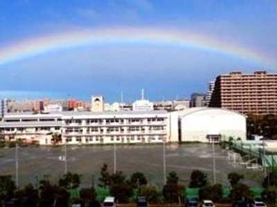 浦安市立日の出中学校