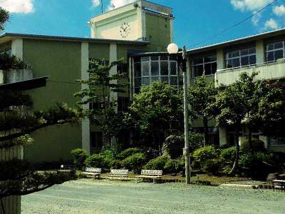 十和田市立東中学校