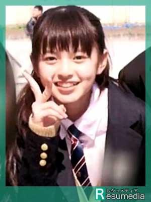 齋藤飛鳥 小学校 卒業式